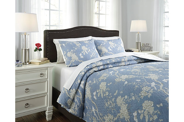 Blue & Tan Damita 3-Piece King Quilt Set by Ashley HomeStore