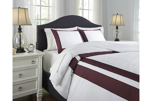 Daruka 3-Piece King Duvet Cover Set by Ashley HomeStore, Purple