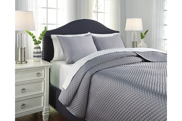 Dietrick 3-Piece King Quilt Set by Ashley HomeStore, Gray