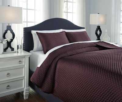 Dietrick 3-Piece King Quilt Set by Ashley HomeStore, Plum