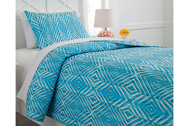 Jolana 2-Piece Twin Quilt Set by Ashley HomeStore, Turquoise, Polyester (100 %)