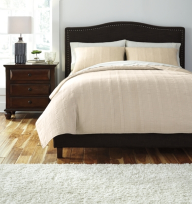 Coverlet 3-Piece Queen Coverlet Set by Ashley HomeStore, ...