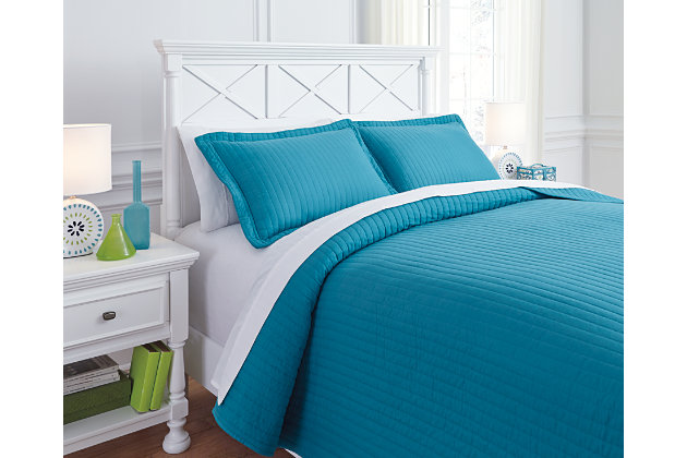 Raleda 3-Piece Full Coverlet Set by Ashley HomeStore, Turquoise, Polyester (100 %)