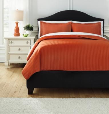 Raleda 3-Piece King Coverlet Set by Ashley HomeStore, Orange