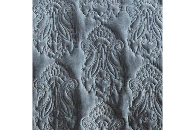 Paisley Twin Quilt, Medium Gray, large