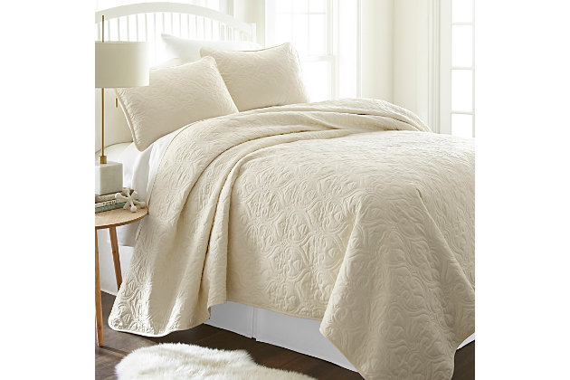 Damask Patterned 3-Piece King/California King Quilted Coverlet Set, Ivory, large
