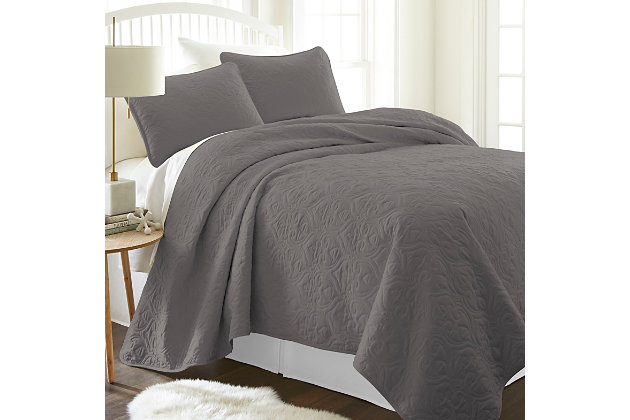 Damask Patterned 3-Piece Full/Queen Quilted Coverlet Set, Gray, large