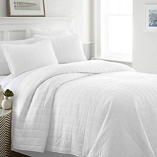 Square Patterned 3-Piece Twin/Twin XL Quilted Coverlet Set, White, rollover
