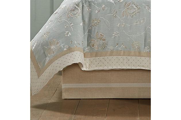 J. Queen New York Garden View Queen 4 Piece Comforter Set, Spa, large