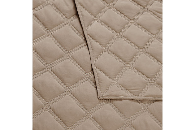 Truly Soft Everyday 3D Puff 3 Piece King Quilt Set, Khaki, large