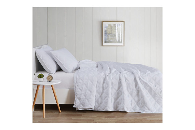 Truly Soft Everyday 3D Puff 3 Piece King Quilt Set, White, large