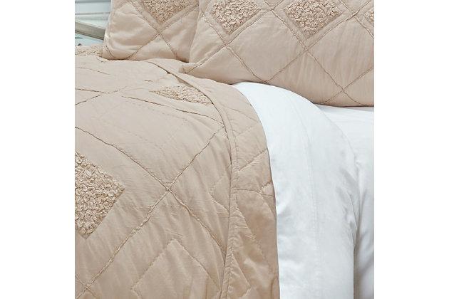 Cotton Eva Twin Quilt, Rust, large