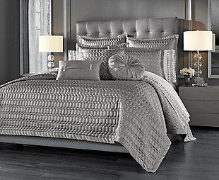 J. Queen New York Luxembourg Silver Quilt Full/Queen Quilt, Silver, rollover