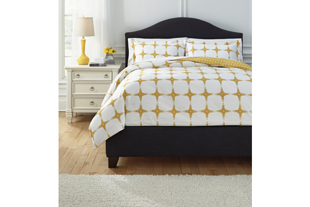 Cyrun 3-Piece King Duvet Cover Set by Ashley HomeStore, Yellow, Cotton (100 %)