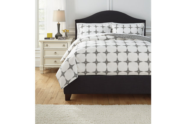 Cyrun 3-Piece Queen Duvet Cover Set by Ashley HomeStore, Gray, Cotton (100 %)