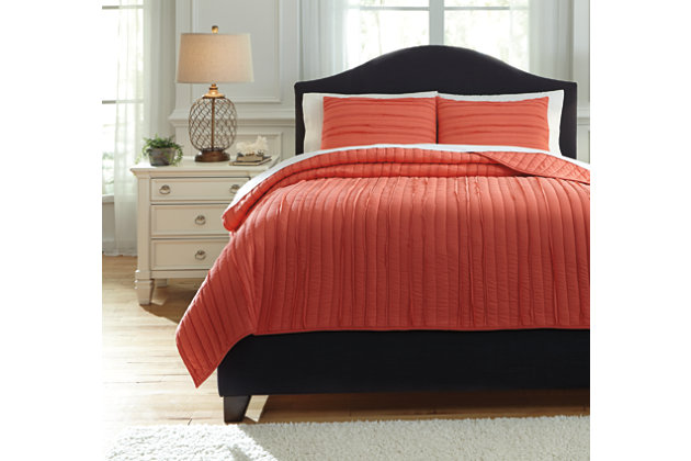 Solsta 3-Piece Queen Coverlet Set, Coral, large