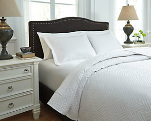 Aldis 3-Piece Queen Coverlet Set, White, rollover