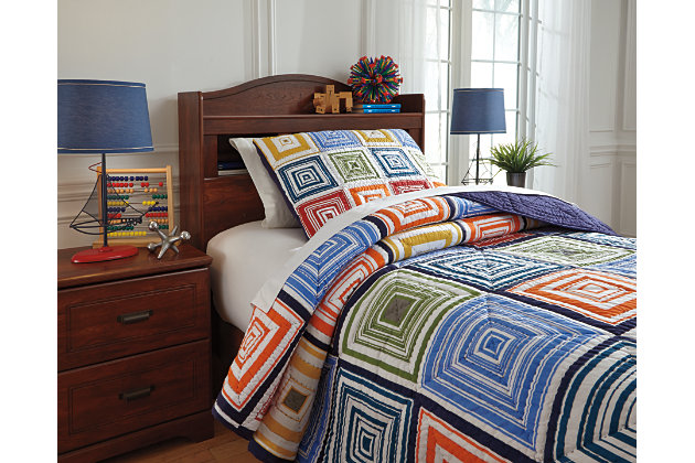 Tazzoni Twin Coverlet Set picture