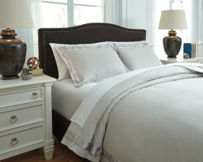 Farday 3-Piece Queen Duvet Cover Set by Ashley HomeStore,...