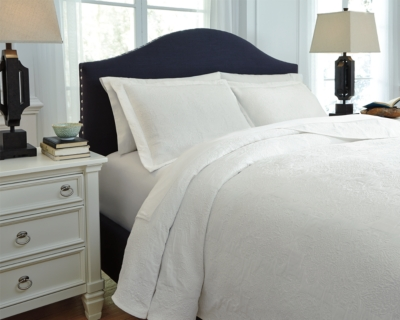 Queen Coverlet Set White Piece Product Photo 3618