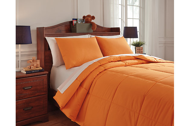 Plainfield 3-Piece Full Comforter Set by Ashley HomeStore...