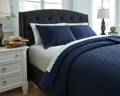 Magnificent Queen Quilt Set Navy Piece Product Photo