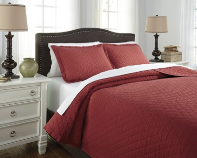 Ashley Alecio 3-Piece Queen Quilt Set, Red