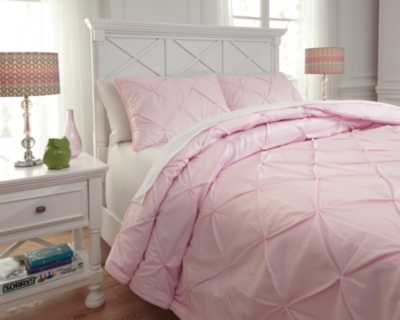 Medera 3-Piece Full Comforter Set by Ashley HomeStore, Rose