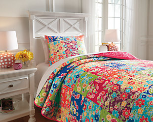 Belle Chase 2-Piece Twin Quilt Set, Patch, rollover