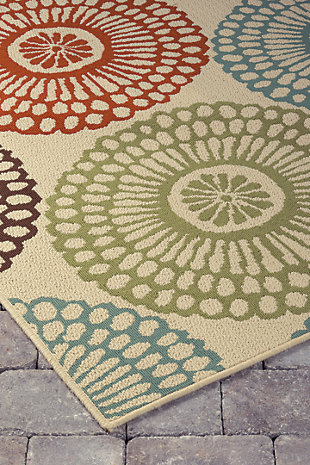 Holliday 5' x 7' Indoor/Outdoor Rug, Multi, rollover