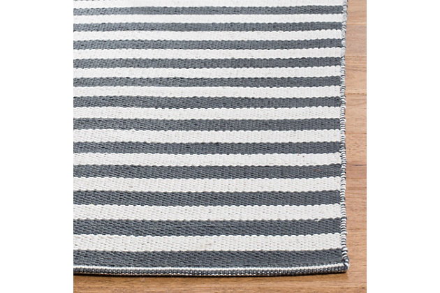 Hand Crafted 6' x 9' Area Rug, Gray/White, large