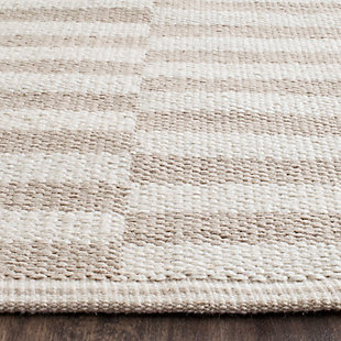 Hand Crafted 5' x 7' Area Rug, Gray/White, large