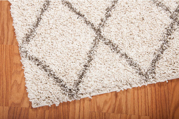 Home Accents Brisbane 5' x 7' Rug, Cream, large