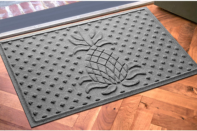 "Home Accents Aqua Shield 1'11"" x 3' Diamond Pineapple Indoor/Outdoor Doormat, Gray, large"
