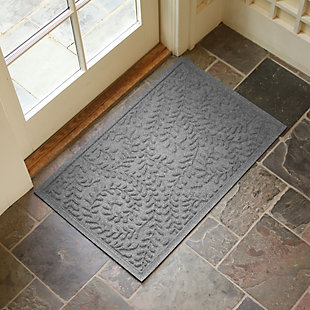 "Home Accents Aqua Shield 1'11"" x 3' Boxwood Indoor/Outdoor Doormat, Red, large"