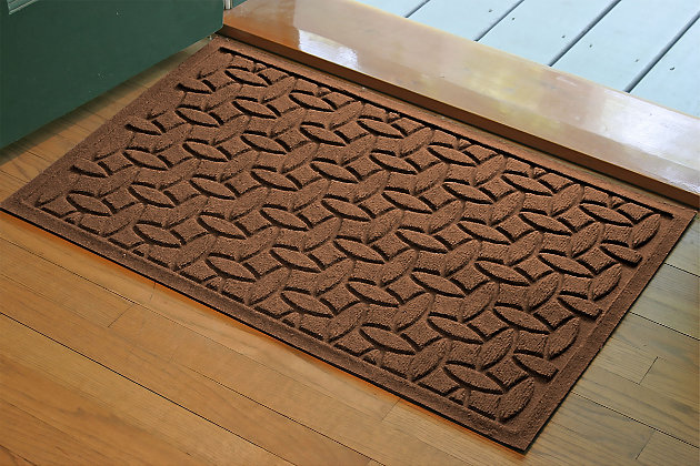 "Home Accents Aqua Shield 1'10"" x 2'10"" Ellipse Indoor/Outdoor Doormat, Brown, large"