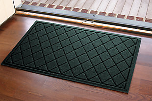 "Home Accents Aqua Shield 1'11"" x 3' Argyle Indoor/Outdoor Doormat, Green, large"