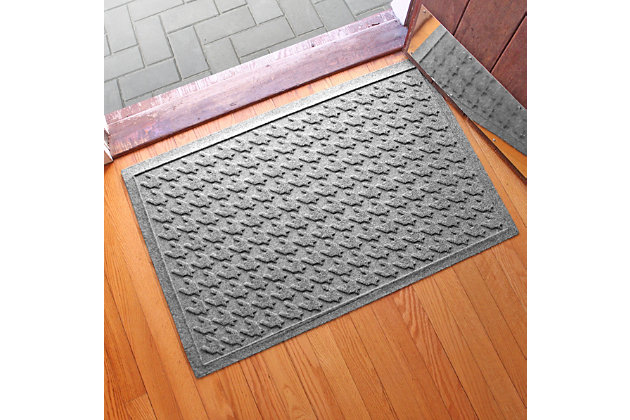 "Home Accents Aqua Shield 1'11"" x 3' Houndstooth Indoor/Outdoor Doormat, Gray, large"