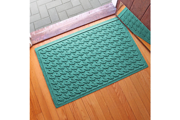 "Home Accents Aqua Shield 1'11"" x 3' Houndstooth Indoor/Outdoor Doormat, Green, large"