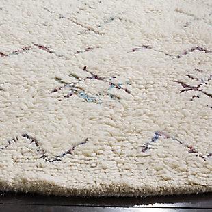 Safavieh Casablanca 6' x 6' Round Area Rug, Cream, large