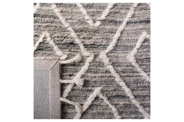 Safavieh Casablanca 5' x 8' Area Rug, Gray, large
