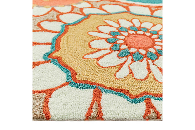 """Transocean Highlands Venetian Blooms Outdoor 3'6"""" x 5'6"""" Accent Rug, Sand, large"""