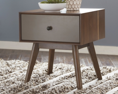 Image of Lynnifer End Table, Two-tone