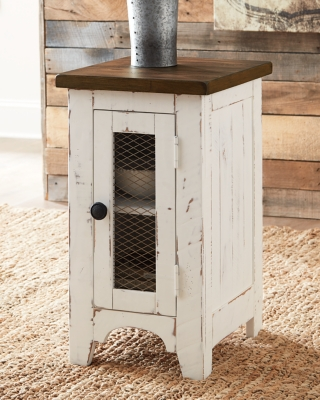 Wystfield Chairside End Table, , large