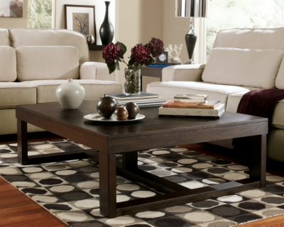 Picture of: Watson Coffee Table Ashley Furniture Homestore
