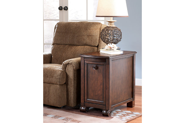 Remarkable Brookfield Chairside End Table Product Photo